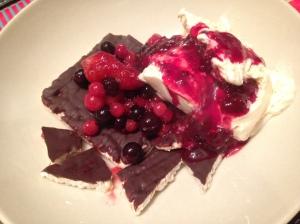 Rice Cakes Berry Delight
